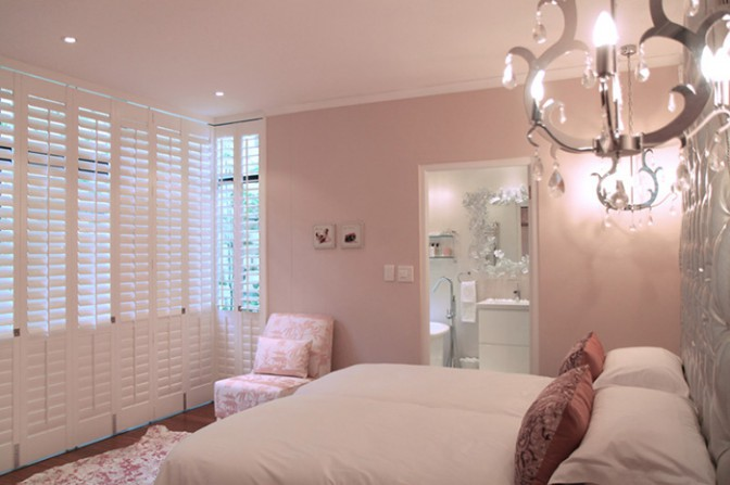 Bedroom-shutters---soft-colours