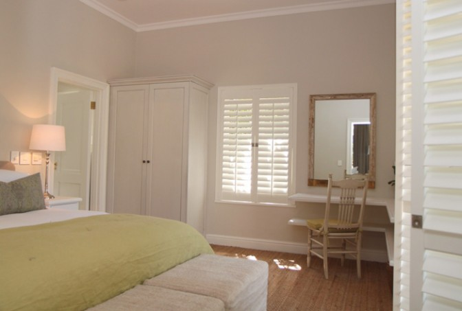 Constantia-cottage-AMERICAN-shutters-installation_1