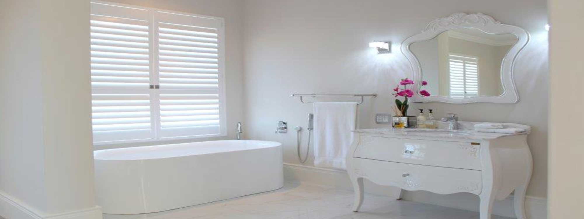 Decowood-shutters-bathroom-hinged-orchard