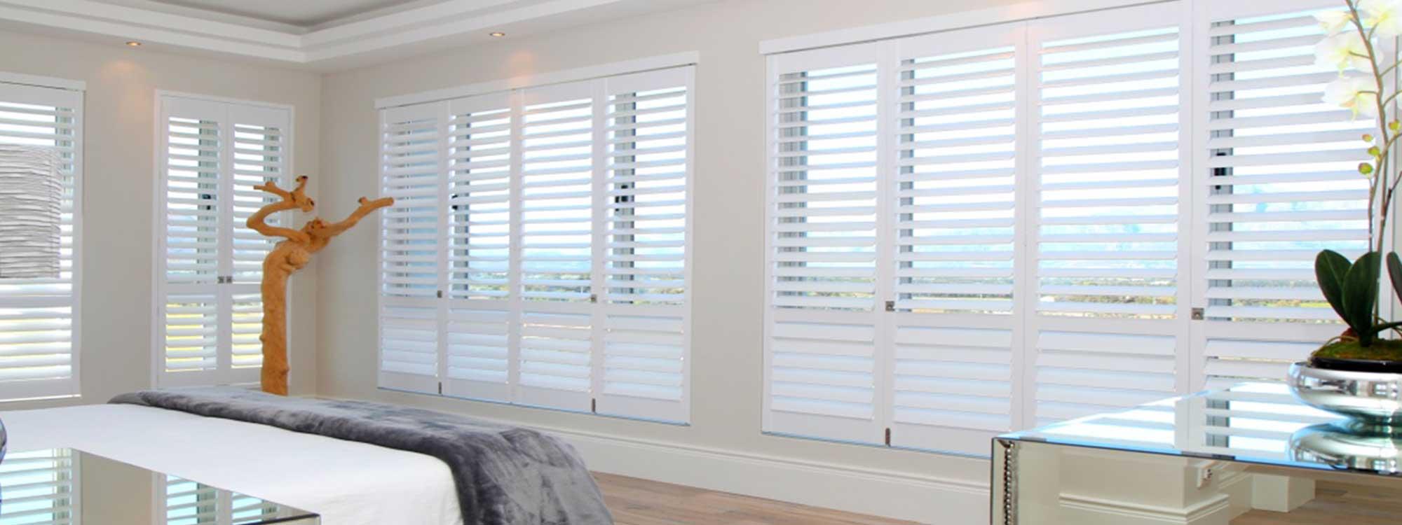 Decowood-shutters-bedroom-eco-mirror