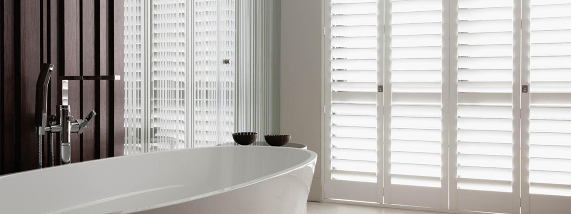 Decowood-shutters-bathroom-eco-friendly-bath