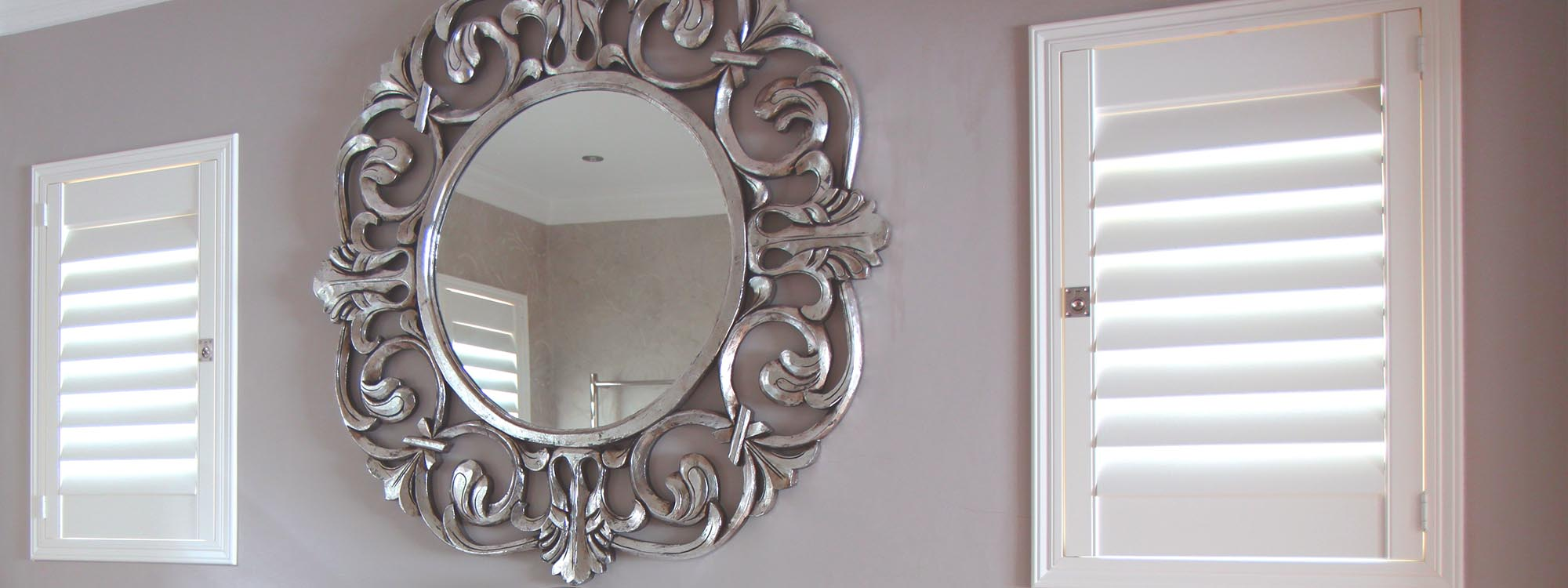 Decowood-shutters-bathroom-hinged-mirror