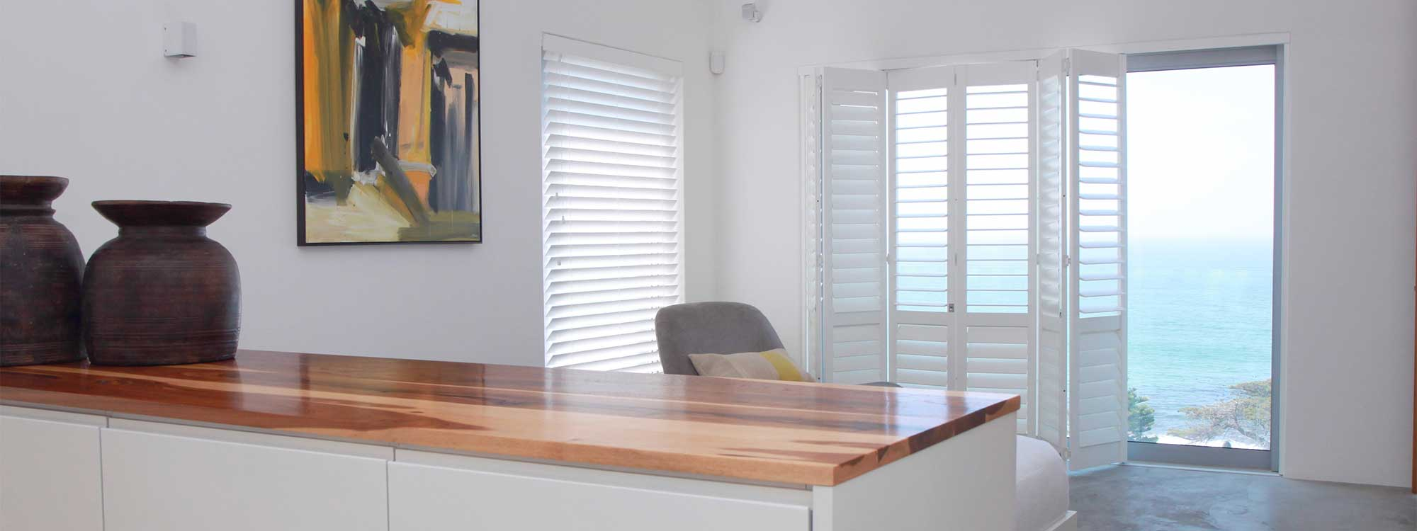 Decowood-shutters-living-area-kitchen
